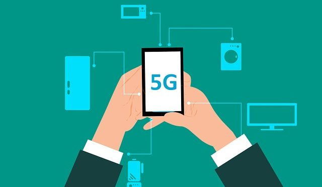 Graphic of 5G and Phone